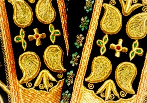 golden embroidery pattern