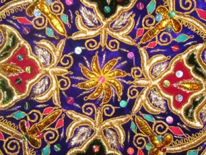 Gold embroidery pattern